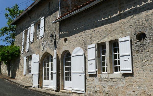 Relais De La Poste Corps : la poste canton de villefagnan histoire tat actuel ~ Zukunftsfamilie.com Idées de Décoration